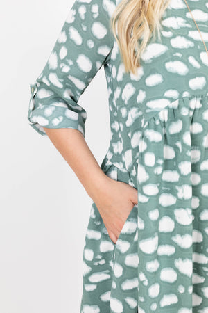 3/4 Quarter Length Sleeve Sage Dress with White Dots and Pockets