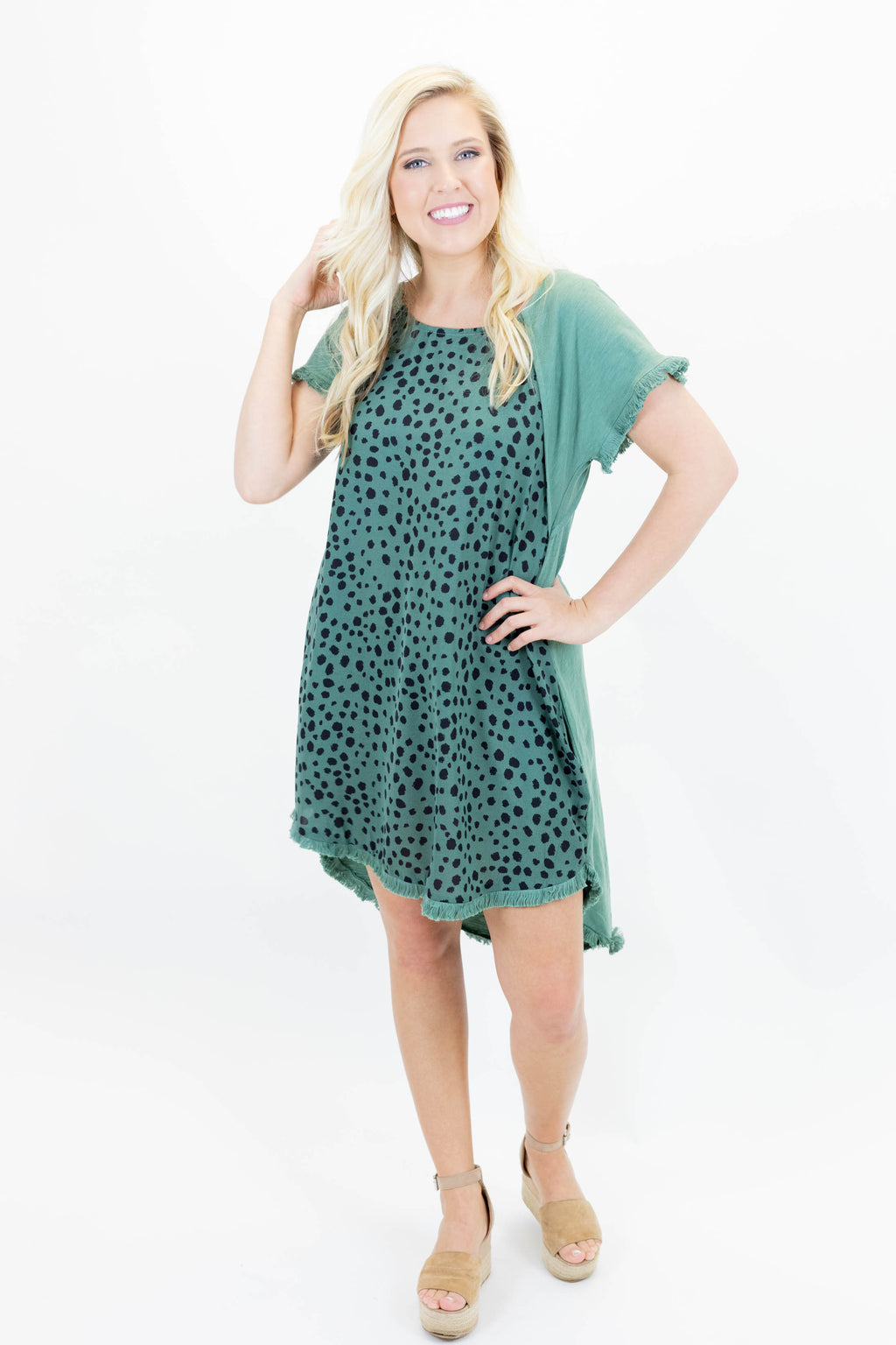Short Sleeve Frayed Hem Dress with Abstract Spot Pattern and Pockets
