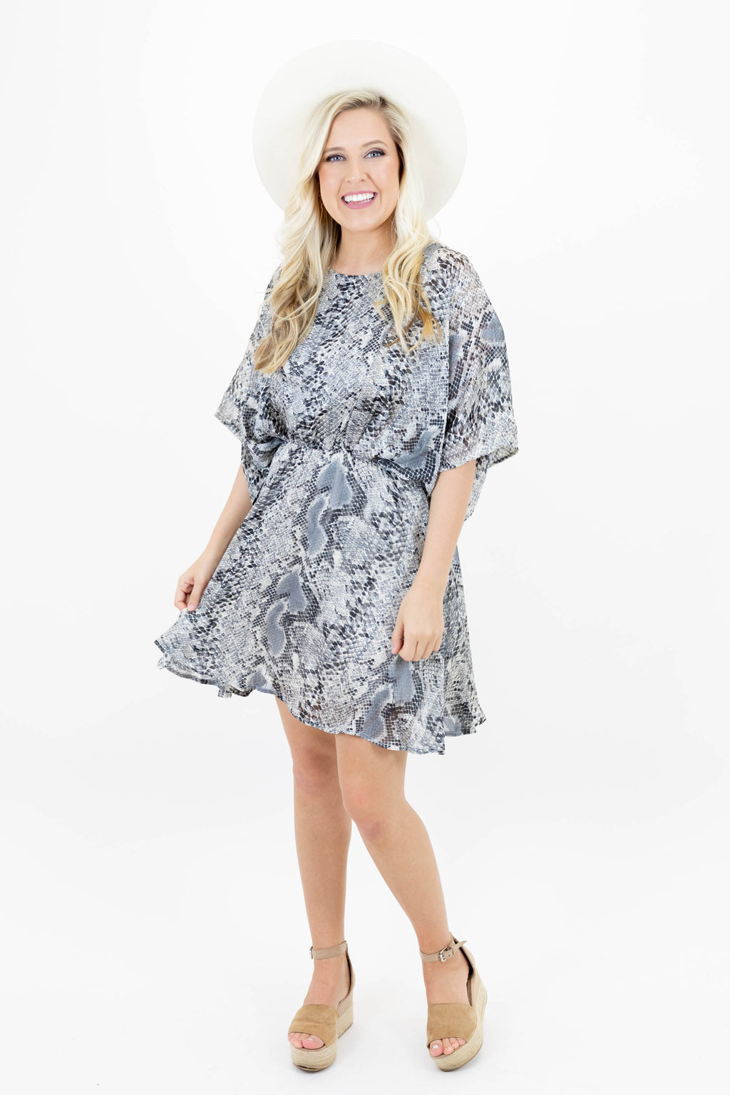 Short Sleeve Snake Print Dress with Elastic Waist and Lining