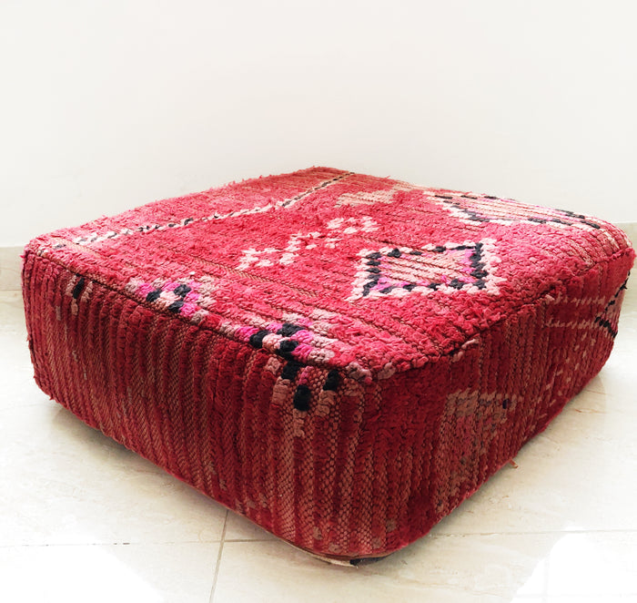 Vintage Moroccan Boujaad Pouf – 01