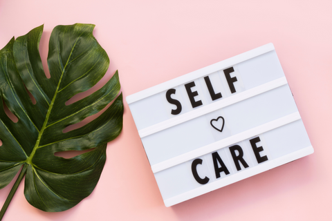 Self care routine & pamper pack