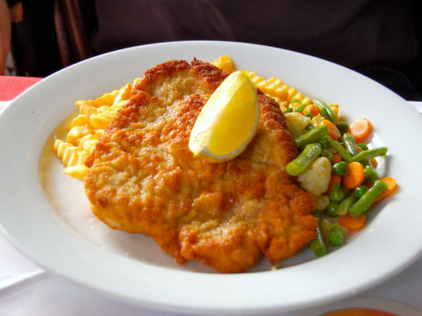 Chicken Schnitzel - Photo: Manuel Menal on Flickr.com CC BY-SA 2.0
