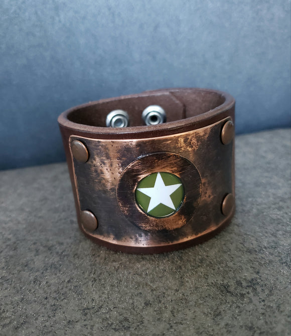 Vintage Army Star Leather Cuff
