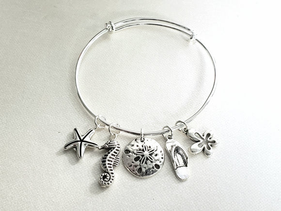 Friends of the Sea Bangle