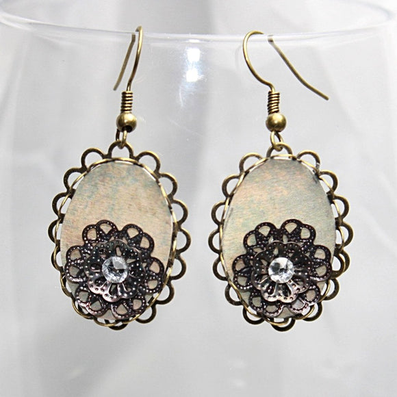 Antique Filigree Flower Earrings with a Swarovski Crystal