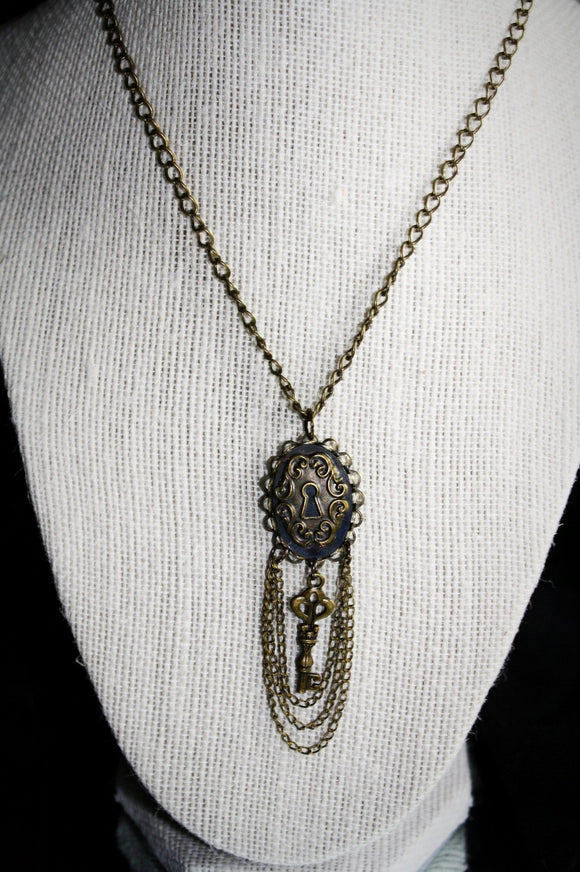 Vintage/Steampunk Lock & Key Pendant Necklace