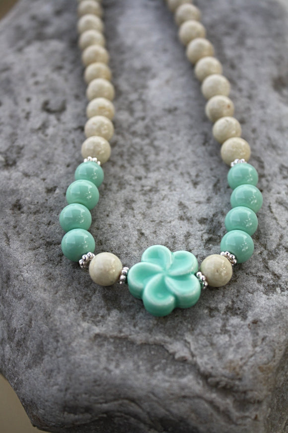 Flowers & Stones Necklace