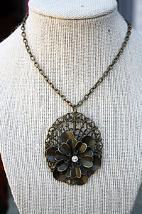 Filigree Flower Pendant Necklace with Crystal