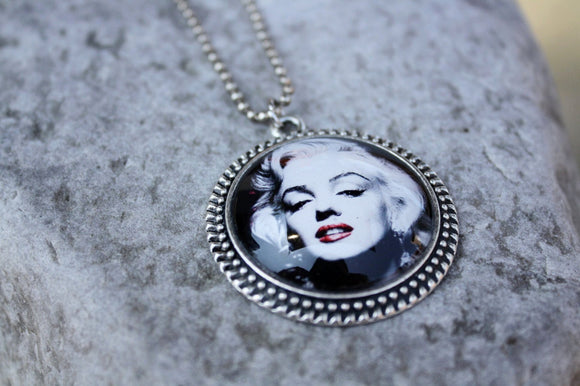 Marilyn Monroe Pendant Necklace