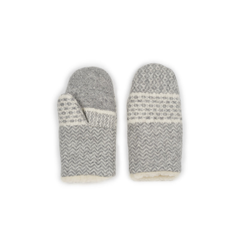 Wool mittens XL