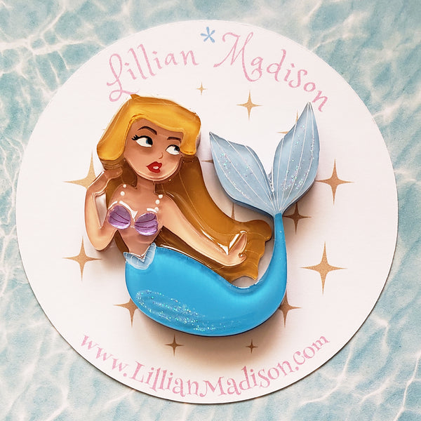Dreaming Mermaid Brooch