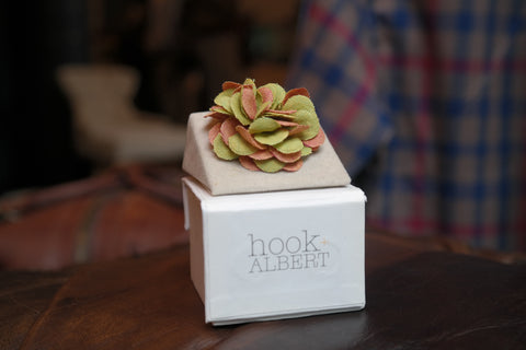 Hook & Albert : Louie Lapel Pin - dapperdirect