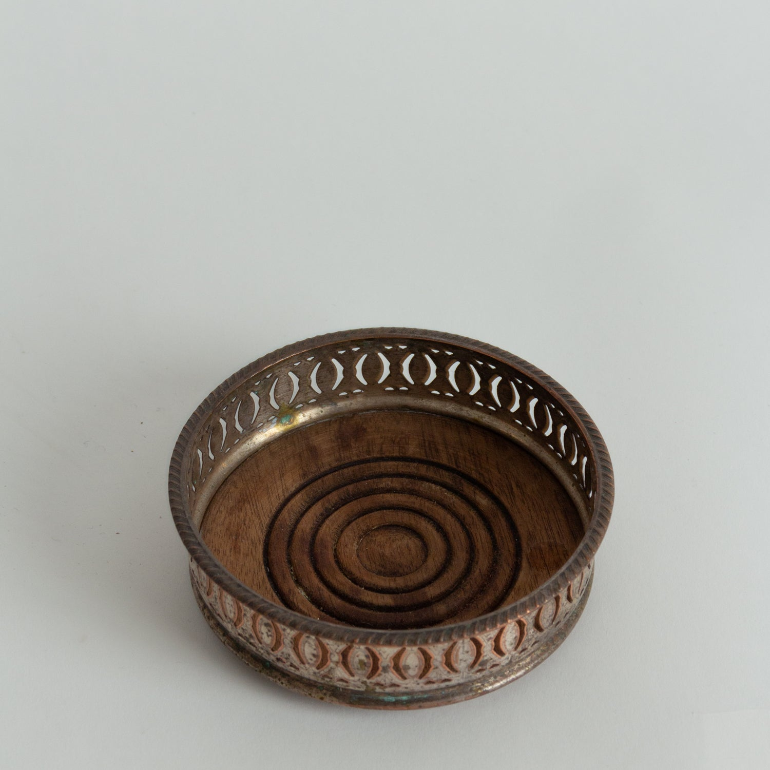 Metal and Wood Dish