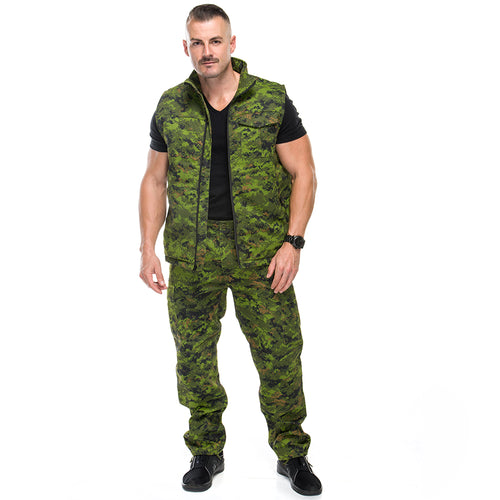 Men's Insulated Vest in Canadian Digital Camo