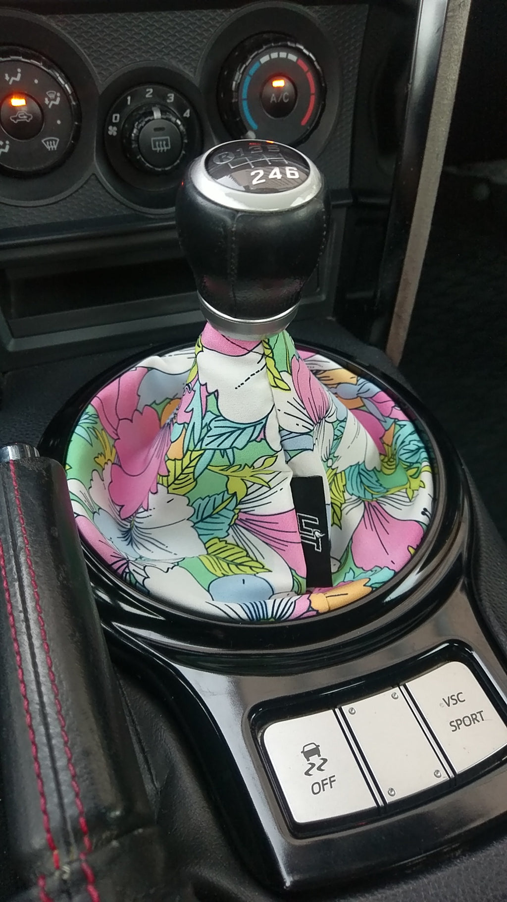 flowers shift boot , shift boot