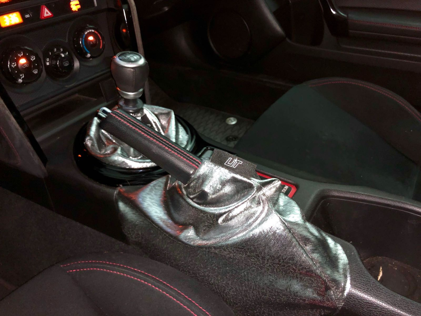 The Chrome shift boot - Silver