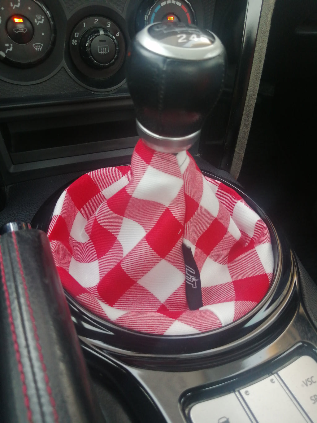 R&W Checkered Shift Boot