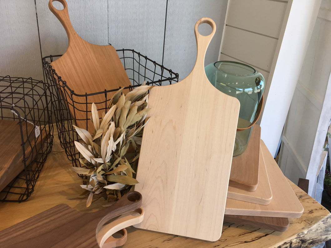 Paddle Cutting Board Maple -Medium