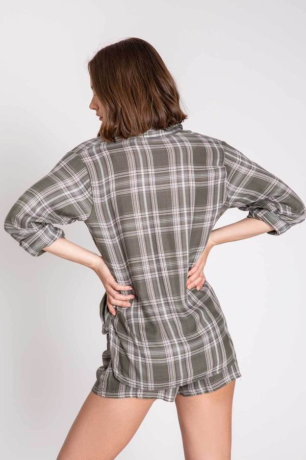 PJ Salvage - Mad for plaid long sleeve Top - HeidiHo2