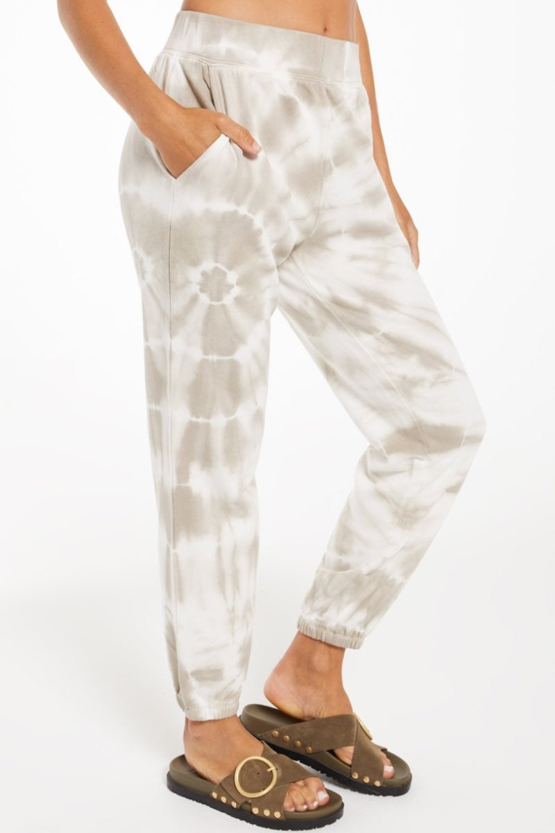 Z-Supply - Emery Spiral Tie Dye Jogger in Taupe Heidi-Ho2