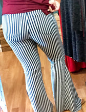 L&B Pull-on Stripe Flare/Bell Jeans - Denim & White Stripes - Small