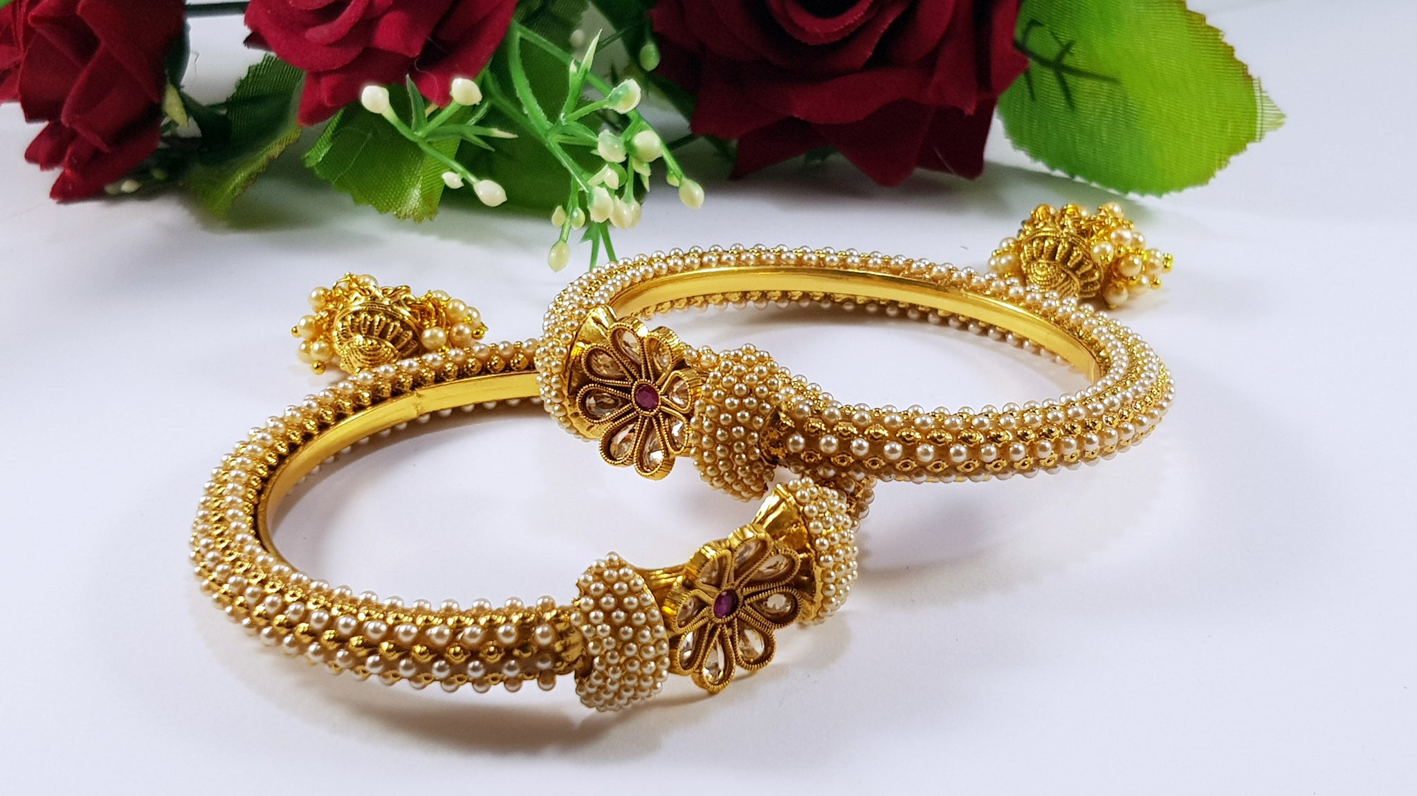 Indian Kundan Bangles with Pearls