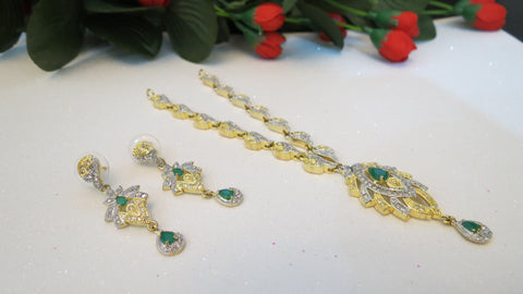 Emerald Stone Kanti Set