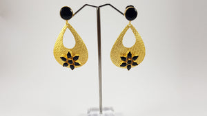 Kundan Earrings with Black Stones