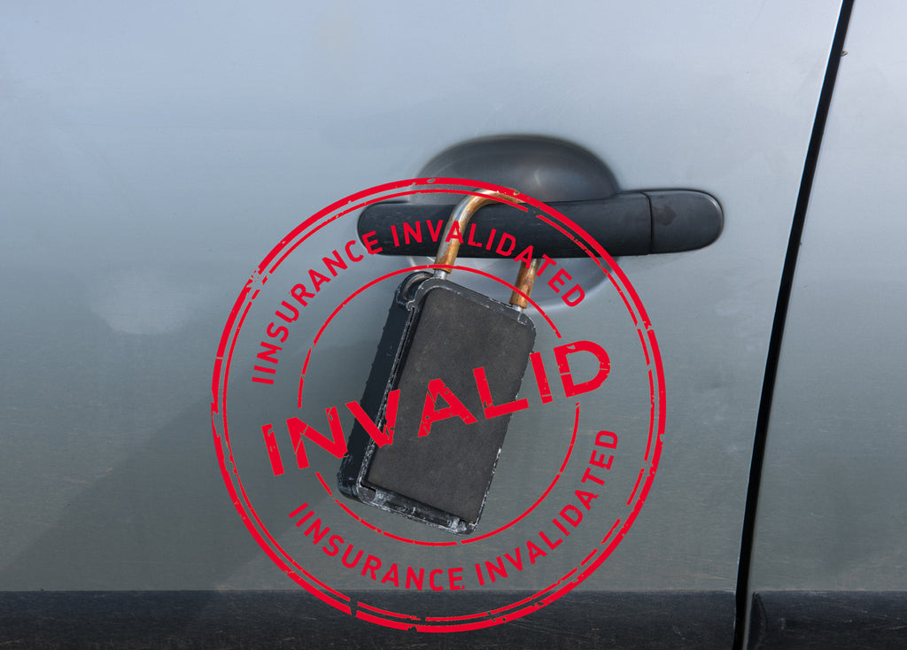 key in surf lock at the car invalidates car insurance