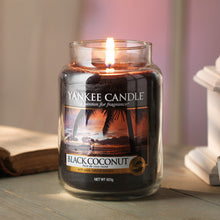 Yankee Classic Jar Candle - Medium - Black Coconut Original Label