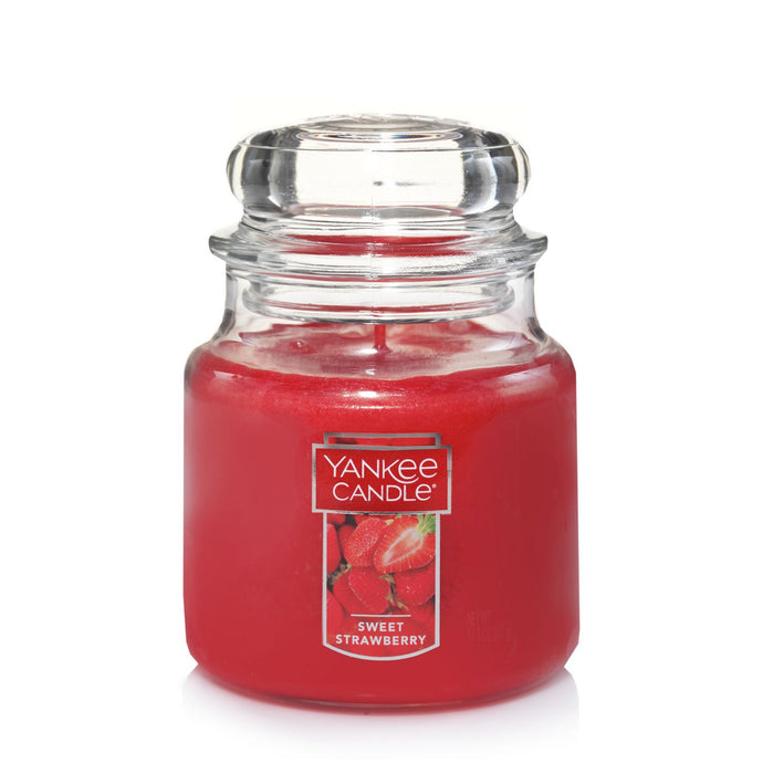 Yankee Classic Jar Candle - Sweet Strawberry - Candle Cottage