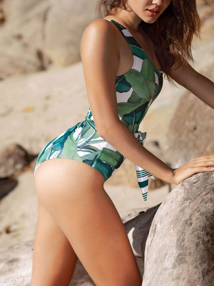 One-shoulder Leaf One-Piece Swimsuit