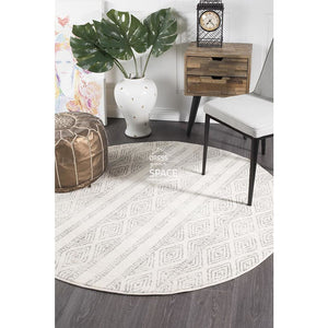 Oasis Salma White And Grey Tribal Round Rug - Indoor Round Rug - Rug Culture
