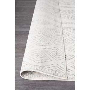 Oasis Salma White And Grey Tribal Rug - Indoor Rug - Rug Culture