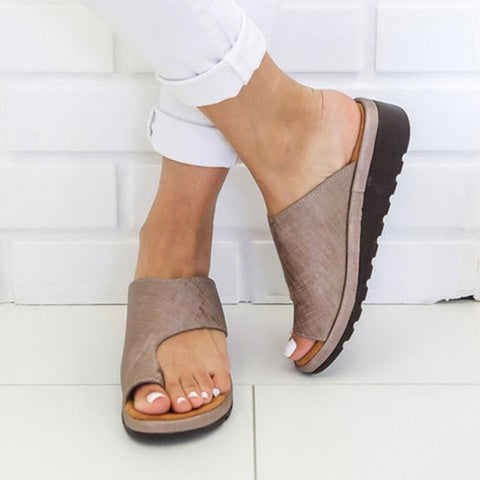 Women Flat Sole Shoes - Bunion Corrector