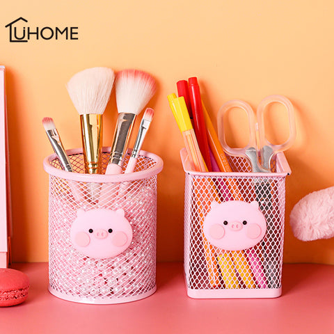Cute Pig Pen Holder and Organizer