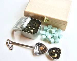 Tea & Sugar Cube Gift Set in Wood Box