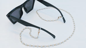 Jennifer Gold and Pearl Sunglasses Chain