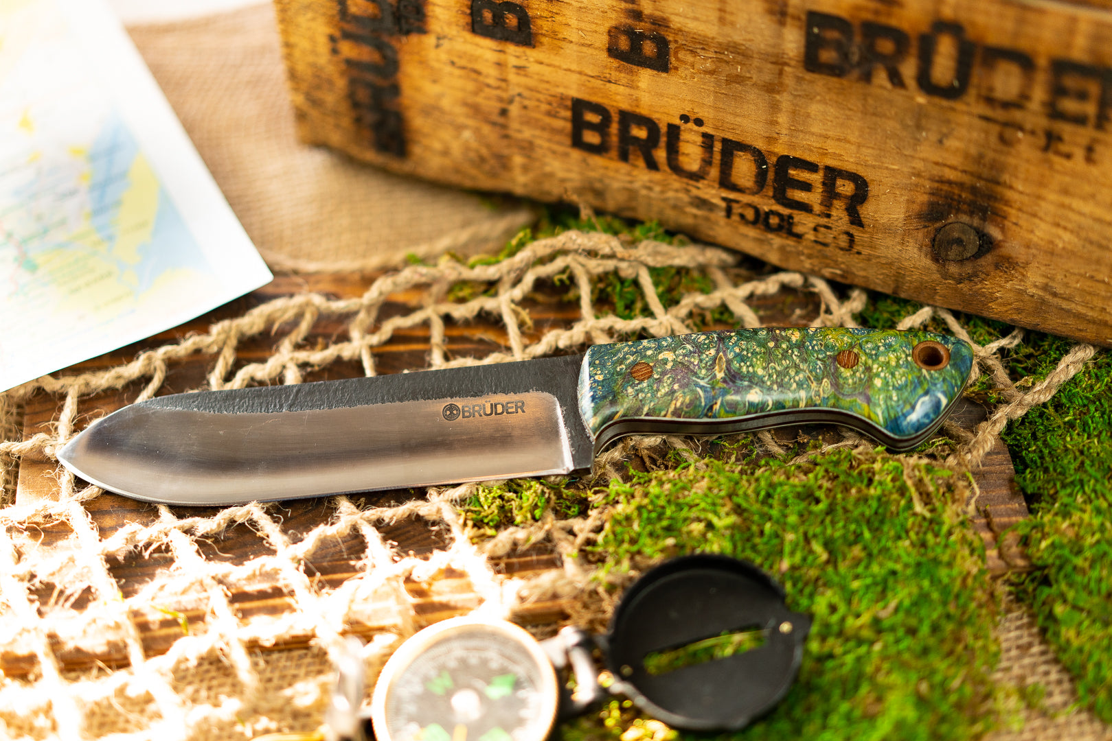 Brüder Brute Camp Knife- Blue/Green/Purple Dyed Burl - 80crv2 Steel