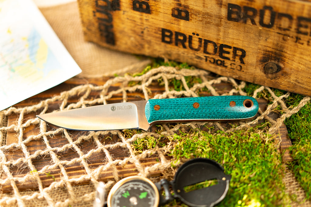 Brüder Alger Bushcraft Knife - Aqua Blue Burlatex