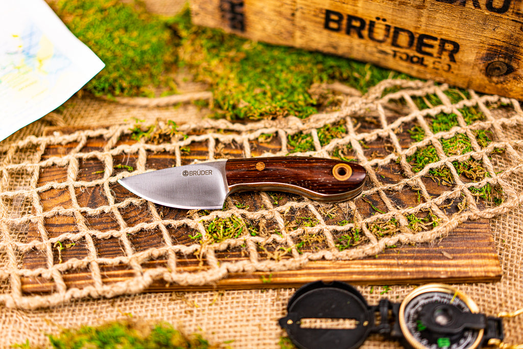Brüder Skinner/EDC knife - Red Palm Wood