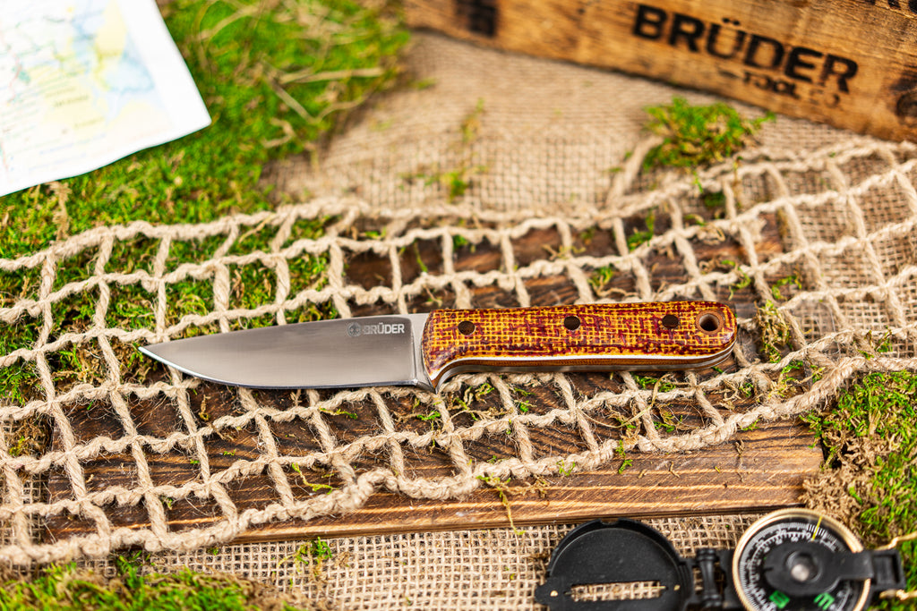 Brüder Alger Bushcraft Knife - Yellow/Red Burlatex