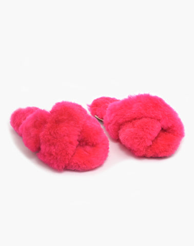 Criss Cross Alpaca Slipper Fuschia