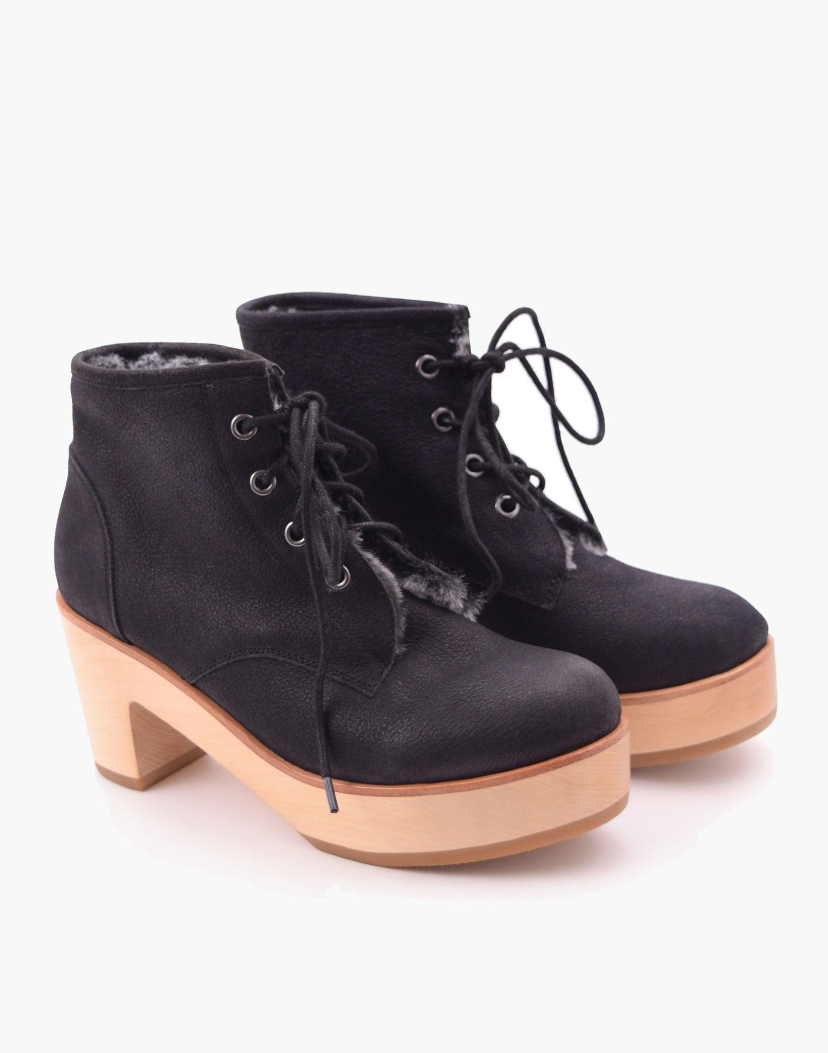 Juno Alpine Clog Boot Black