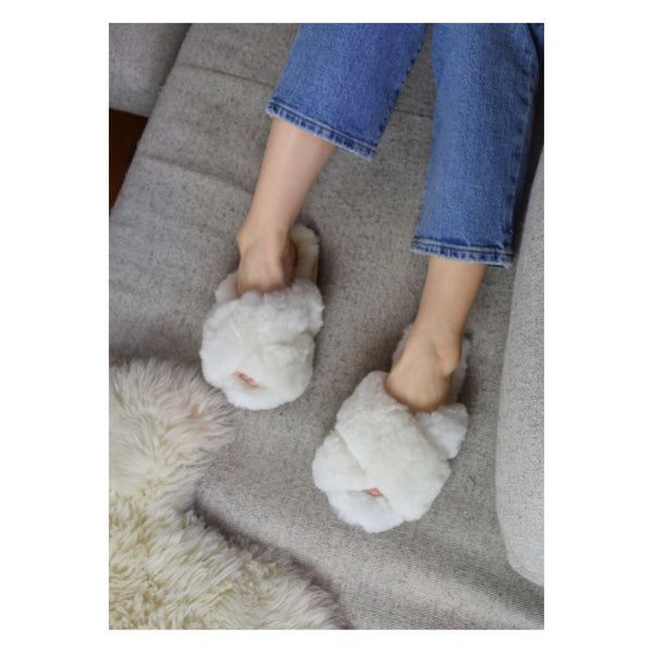 Criss Cross Alpaca Slipper White