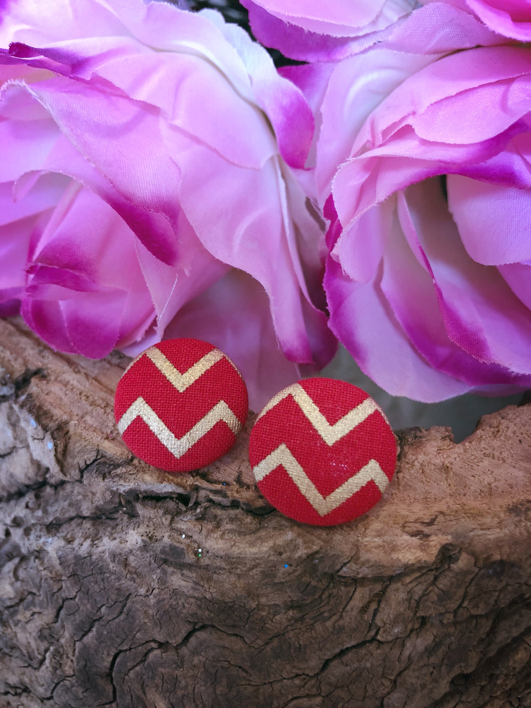 Red & Gold Chevron Christmas Stud - Bucklicious Designs