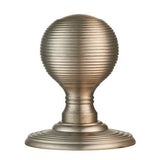 Delamain Reeded Knob