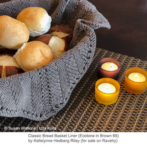 Classic Bread Basket Liner knit in Ecotone Worsted in Brown (69)