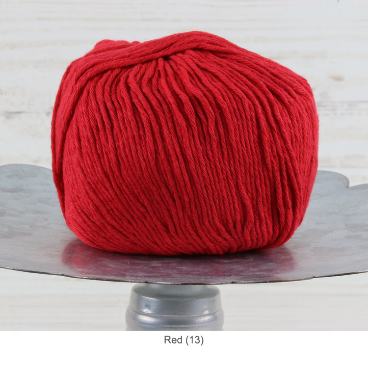 Trendsetter's Worsted Ecotone Yarn in Red (13)