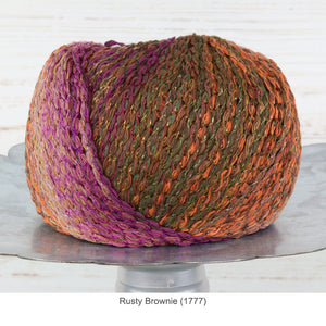 Trendsetter's Fleur Worsted Yarn in Rusty Brownie